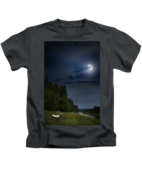 Elk Under A Full Moon Kids T-Shirt