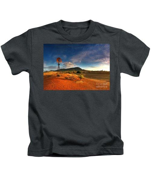 First Light On Wilpena Pound Kids T-Shirt