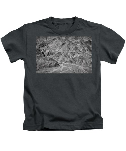 Going To Titus Canyon - Black And White Kids T-Shirt