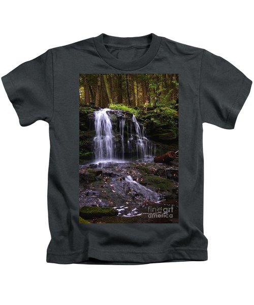 Hidden Waterfalls Of Wayne County I Kids T-Shirt