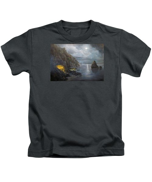 Hiding Treasure Kids T-Shirt