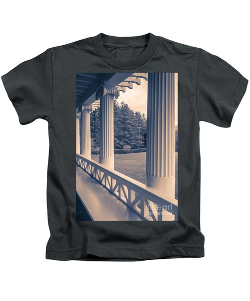 Iconic Columns On An Estate Kids T-Shirt