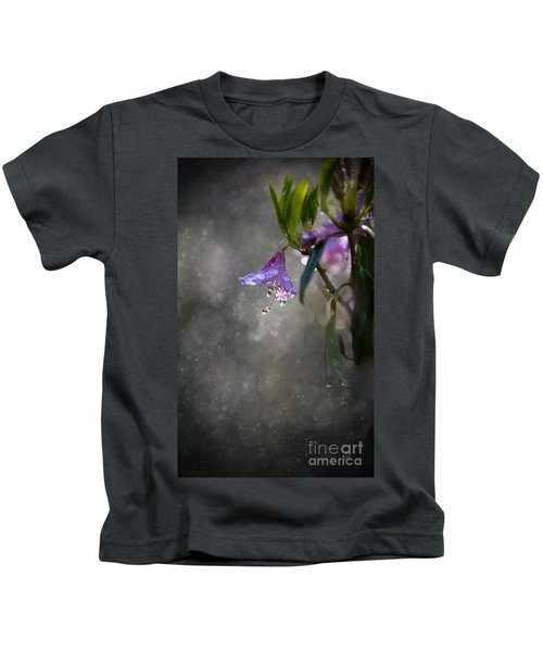In The Morning Rain Kids T-Shirt