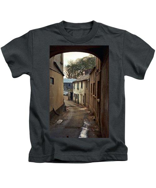 Irish Alley 1975 Kids T-Shirt