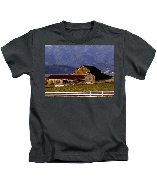 Lakeville Barn Kids T-Shirt