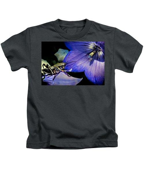 Contemplation Of A Pistil Kids T-Shirt