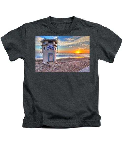 Lifeguard Tower On Main Beach Kids T-Shirt