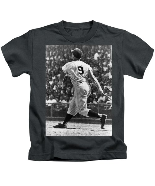 Maris Hits 52nd Home Run Kids T-Shirt by Underwood Archives