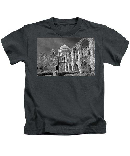 Mission San Jose Arches Bw Kids T-Shirt