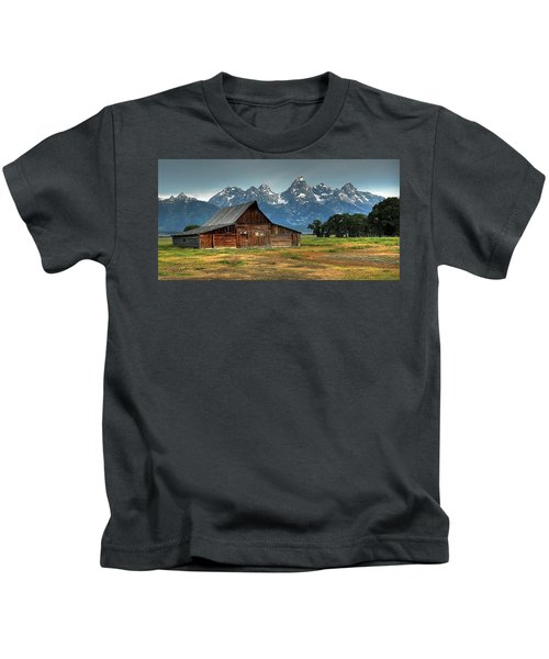 Moulton Barn Morning Kids T-Shirt