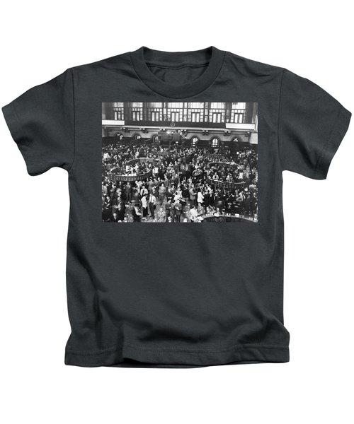 New York Stock Exchange Floor Kids T-Shirt