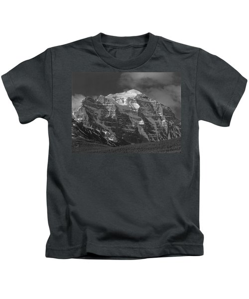 203553-north Face Mt. Temple Bw Kids T-Shirt