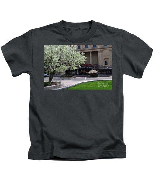 D45l42 Ohio Theatre Photo Kids T-Shirt