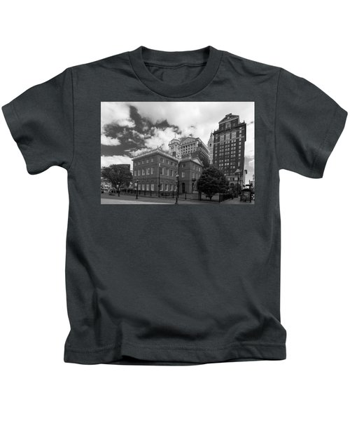 Old State House 15568b Kids T-Shirt