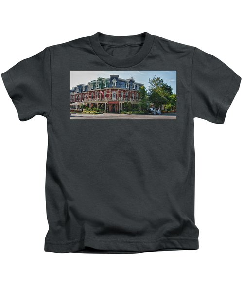 Prince Of Wales Hotel 9000 Kids T-Shirt