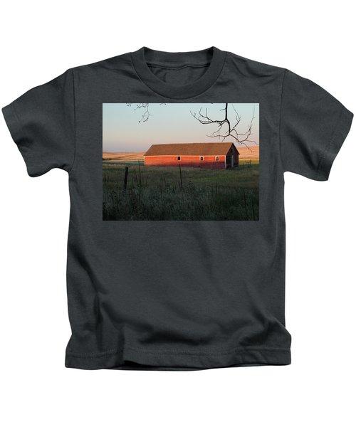 Red Granary Barn Kids T-Shirt