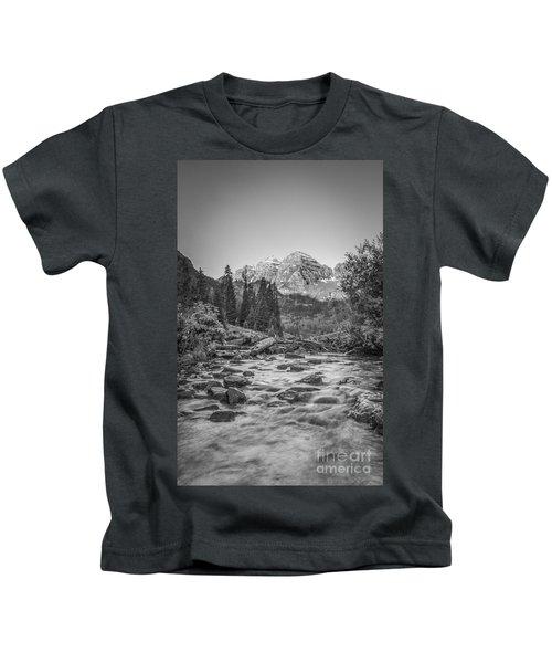 Runoff  Bw Kids T-Shirt