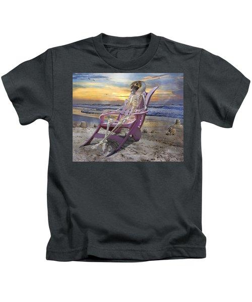 Sam Becomes Animalistic Kids T-Shirt