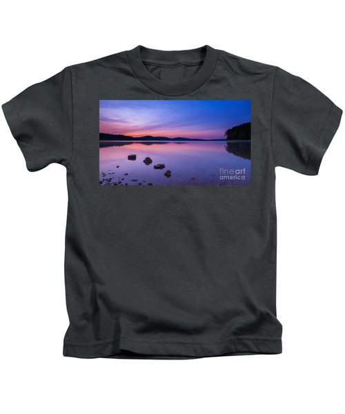 Sereneness  Kids T-Shirt