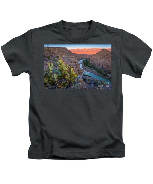 Sierra Del Carmen And The Rio Grande Kids T-Shirt