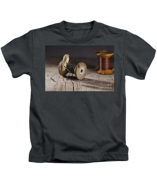 Simple Things - Rolling The Thread Kids T-Shirt