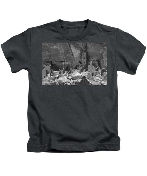 Square Tower At Mesa Verde Bw Kids T-Shirt
