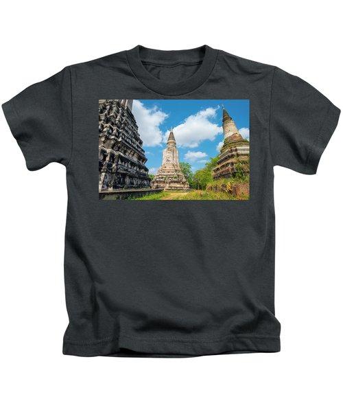 Stupas At Phnom Oudong, Kandal Kids T-Shirt