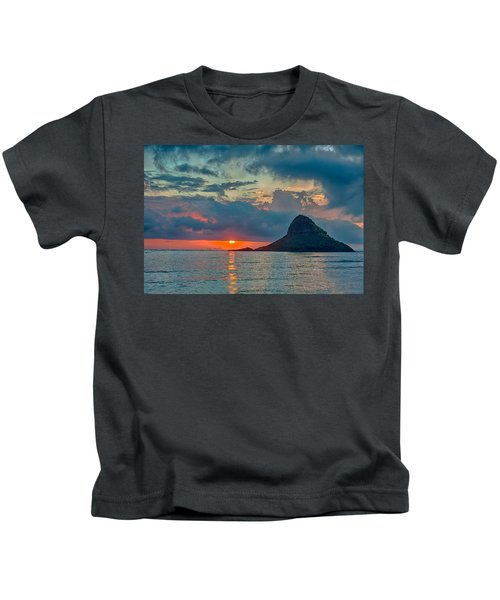 Sunrise At Kualoa Park Kids T-Shirt