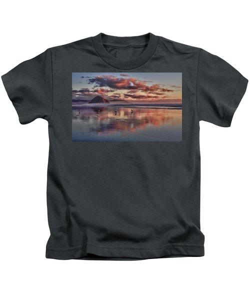 Sunset At Morro Strand Kids T-Shirt