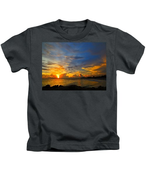 Sunset In Paradise - Beach Photography By Sharon Cummings Kids T-Shirt