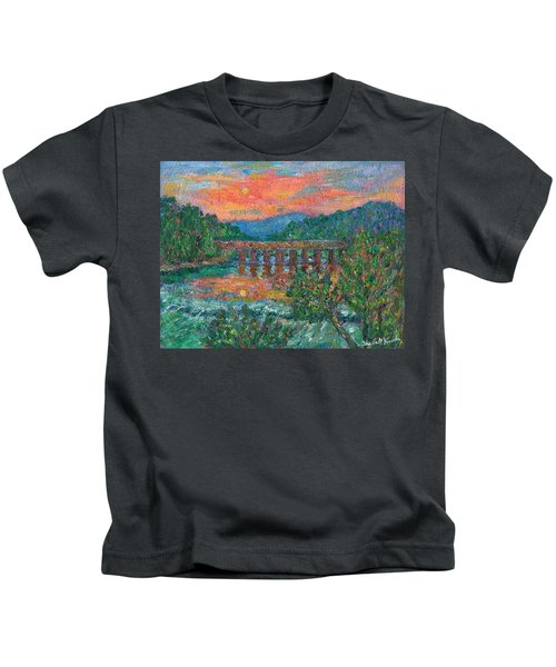 Sunset On The New River Kids T-Shirt