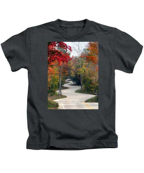 Swervy Road At North Port Kids T-Shirt