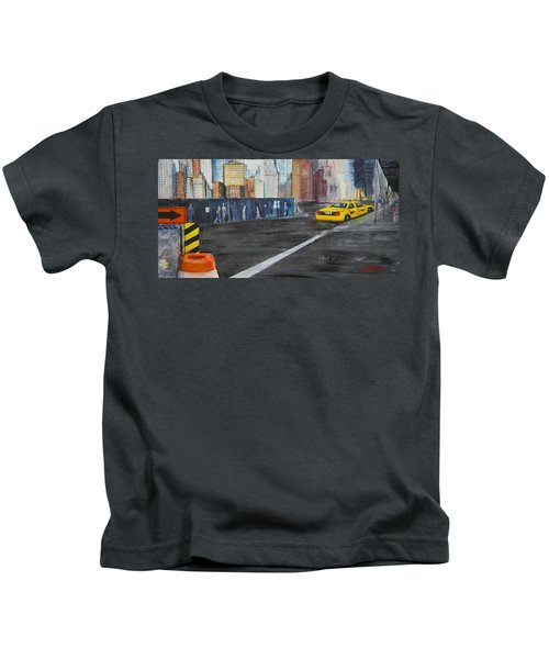 Taxi 9 Nyc Under Construction Kids T-Shirt