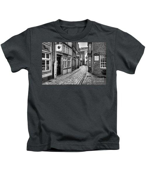 The Narrow Cobblestone Street Kids T-Shirt