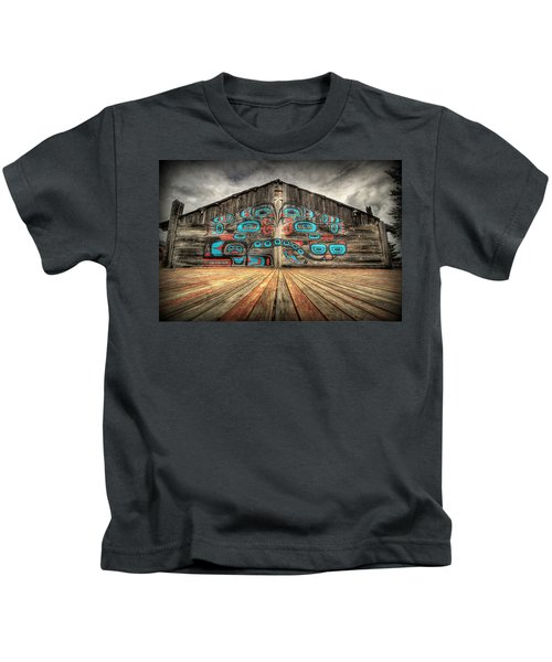 Tlingit Tribal House Haines Alaska Kids T-Shirt