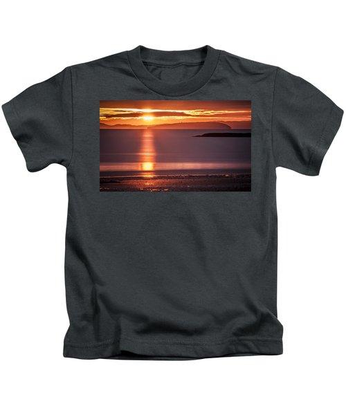 Traeth Bychan At Sunrise Kids T-Shirt