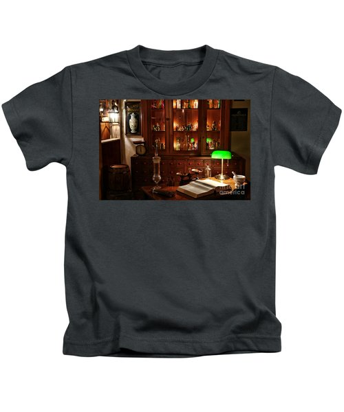 Vintage Apothecary Shop Kids T-Shirt