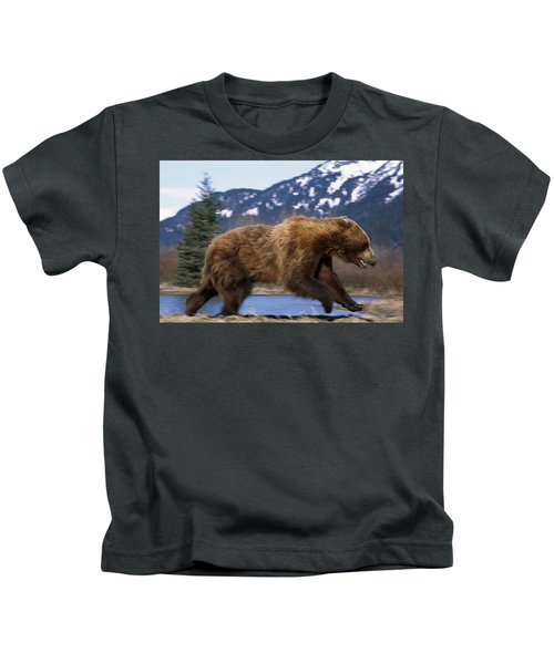 Young Grizzly Bear Running Kids T-Shirt
