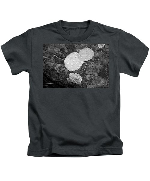 Aspen Leaves In The Rain Kids T-Shirt