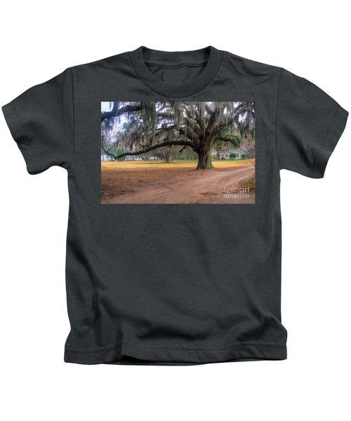 Coosaw Plantation Live Oak Kids T-Shirt
