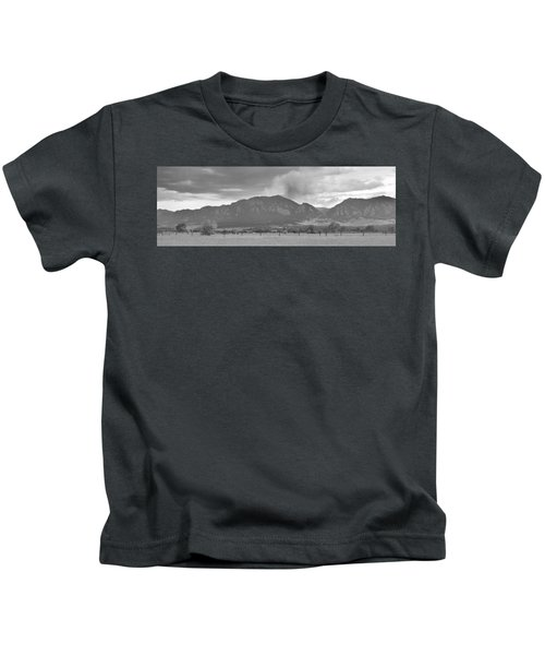 Country View Of The Flagstaff Fire Panorama Bw Kids T-Shirt