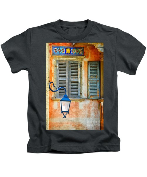 Italian Street Lamp With Window And Decorated Wall Kids T-Shirt