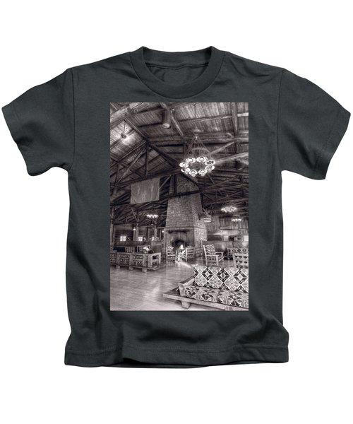 Lodge Starved Rock State Park Illinois Bw Kids T-Shirt