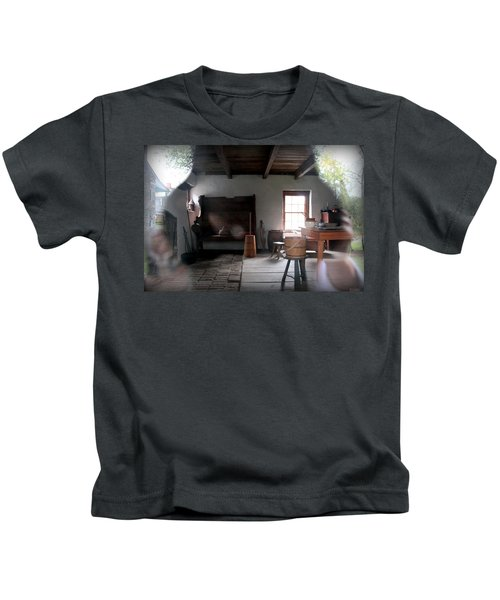Looking Back Kids T-Shirt