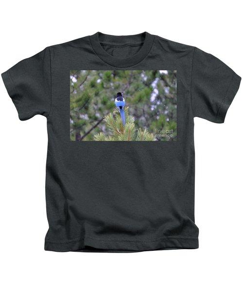 Magpie In Snow Kids T-Shirt