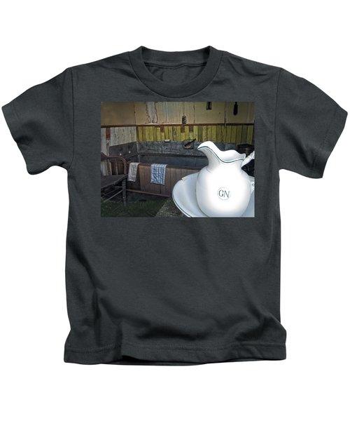 Old West Tin Tub Bath - Nevada City Montana Kids T-Shirt