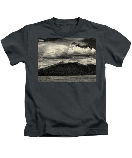 San Francisco Peaks In Black And White Kids T-Shirt