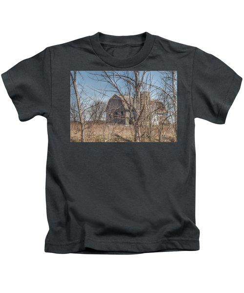 0162 - Hill Road Grey I Kids T-Shirt