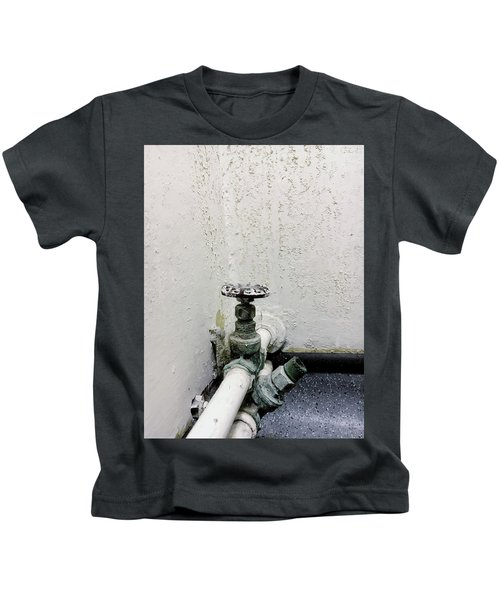 An Old Stopcock Kids T-Shirt
