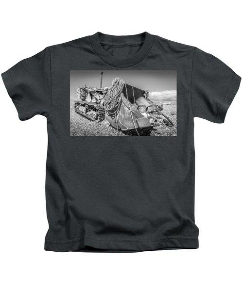 Beach Bulldozer. Kids T-Shirt